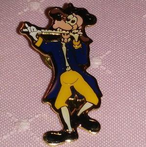 Vintage DISNEY Goofy Fife Liberty Square Tac Pin